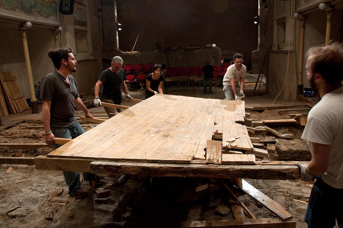 teatro-sociale-gualtieri-cantiere-aperto-2011-003