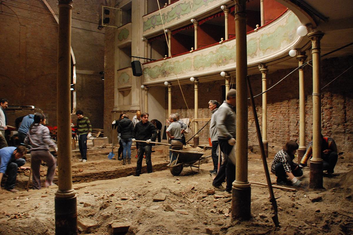 teatro-sociale-gualtieri-cantiere-aperto-2011-006