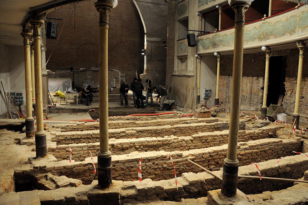 teatro-sociale-gualtieri-cantiere-aperto-2011-013
