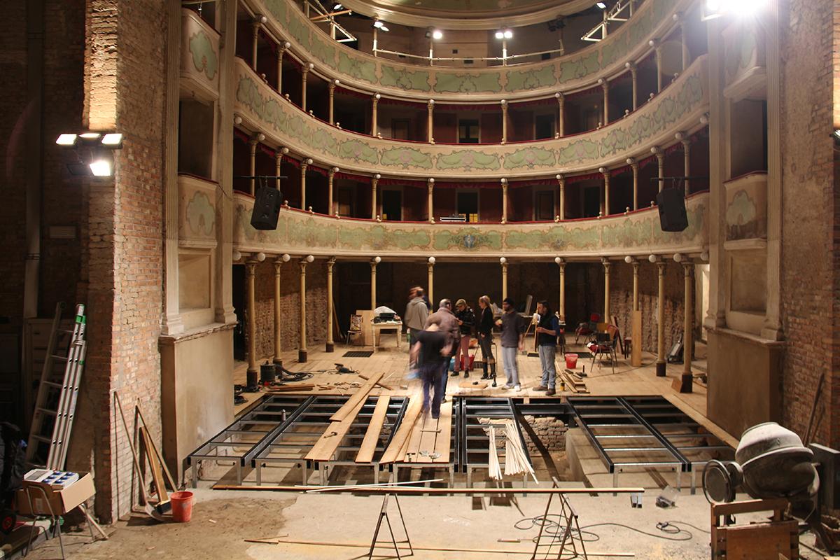 teatro-sociale-gualtieri-cantiere-aperto-2013-001