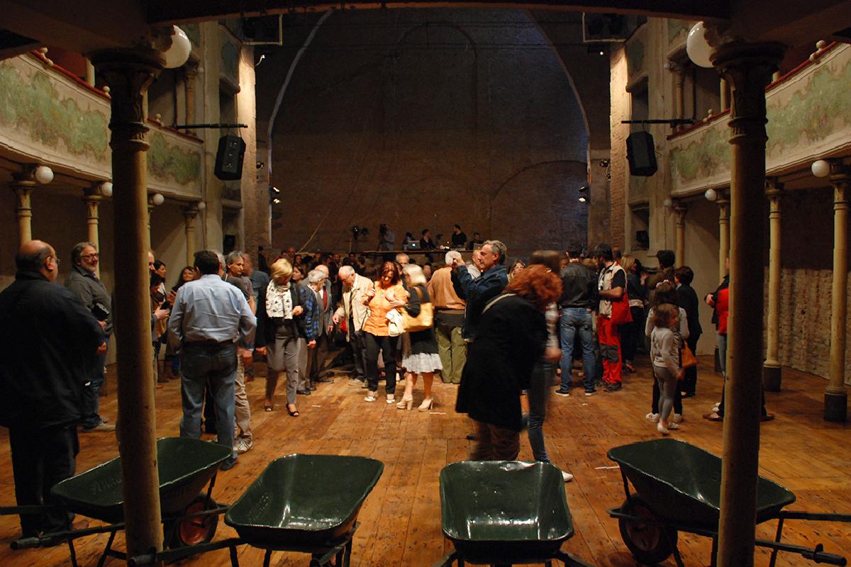 teatro-sociale-gualtieri-cantiere-aperto-apertura-2013-04