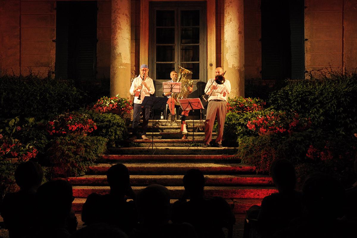 teatro-sociale-gualtieri-boom-boom-trio-2