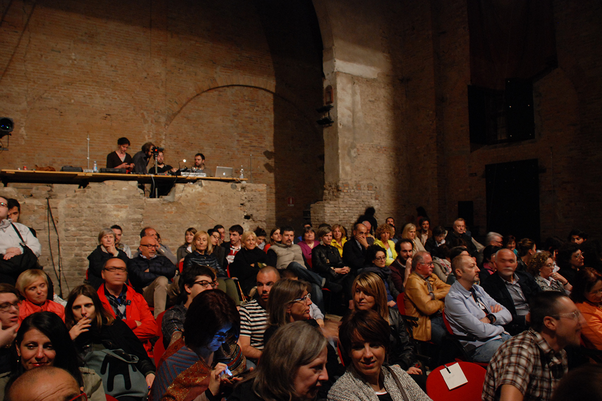 teatro-sociale-gualtieri-cantiere-aperto-apertura-2013-005