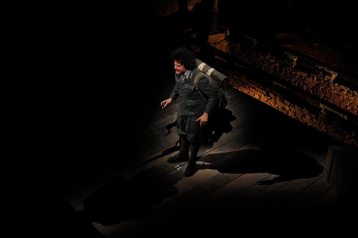 teatro-sociale-gualtieri-cristicchi-li-romani-russia-03