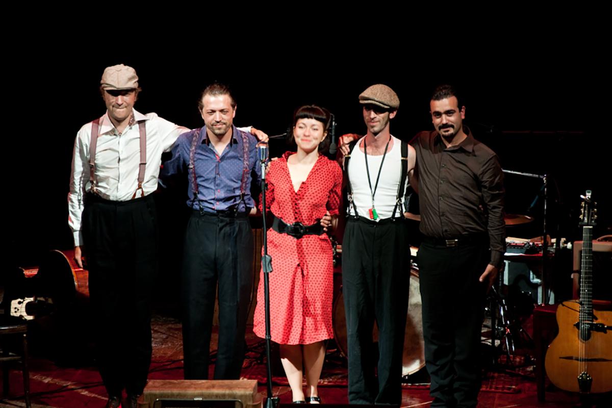 teatro-sociale-gualtieri-2011-Balluche Saugrenue-4