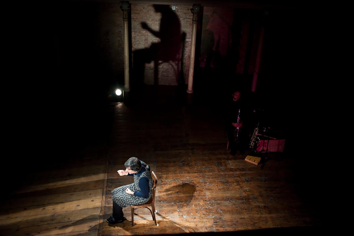teatro-sociale-gualtieri-2011-dissonorata-la-ruina-2