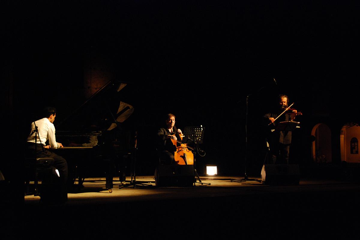 teatro-sociale-gualtieri-ezio-bosso-trio-2012-13