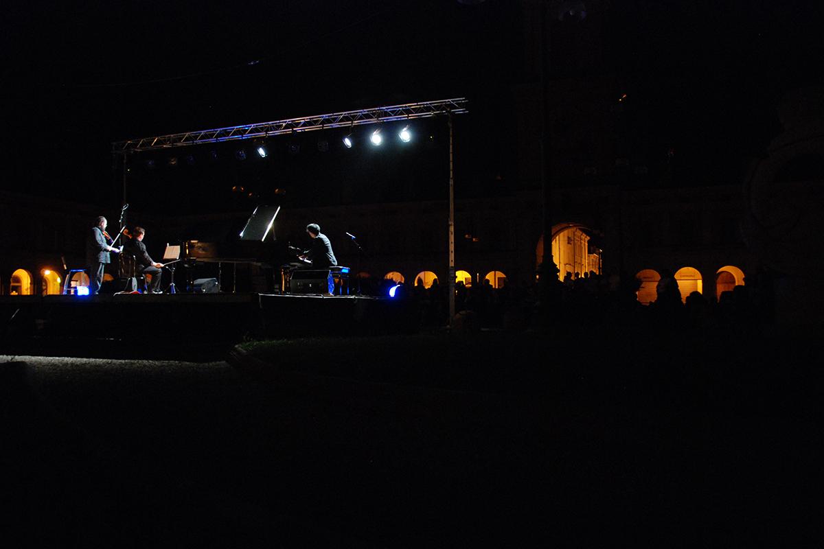 teatro-sociale-gualtieri-ezio-bosso-trio-2012-8