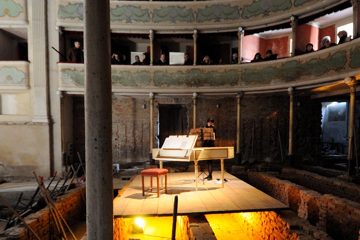teatro-sociale-gualtieri-marzo-2012-9