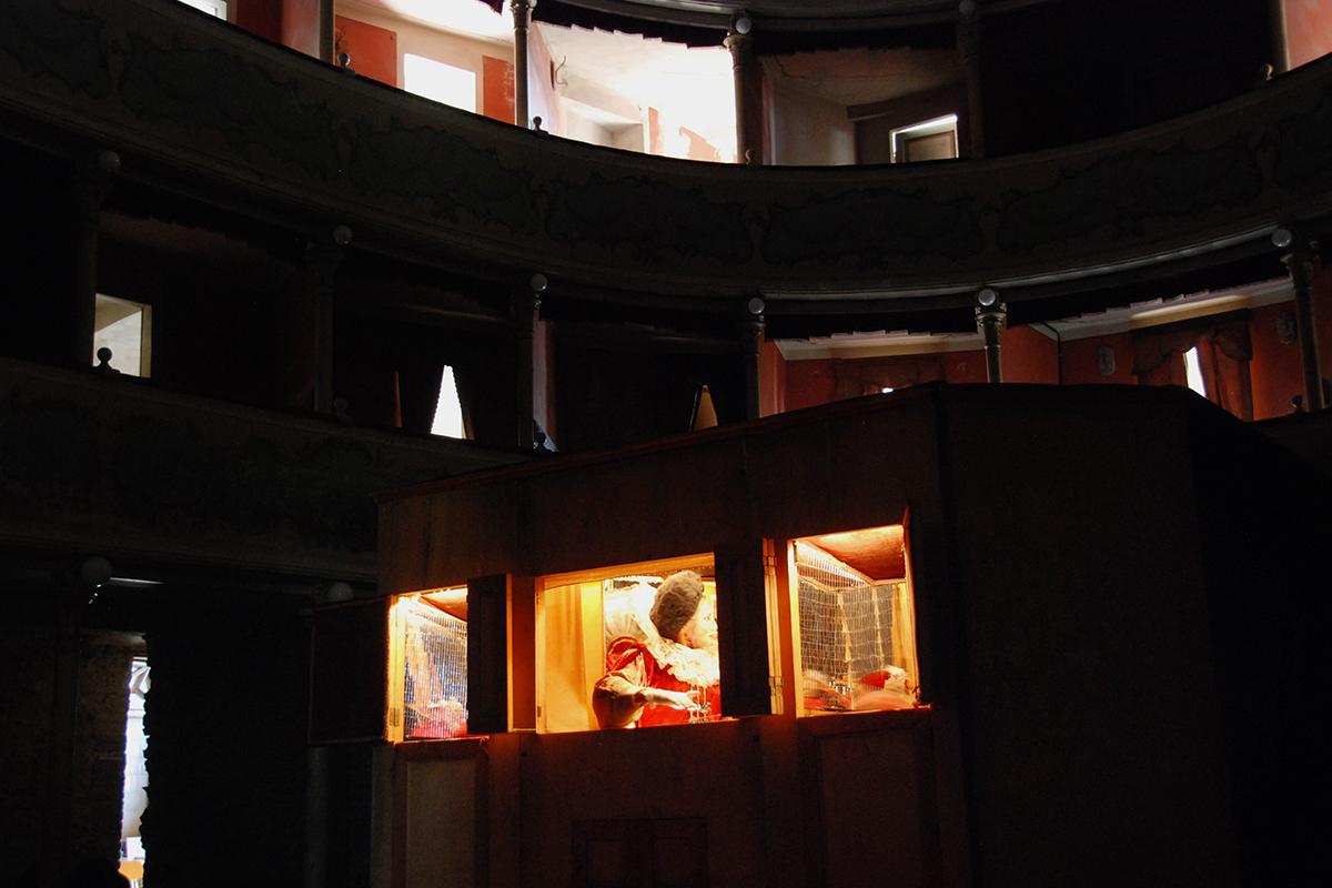 teatro-sociale-gualtieri-stagione-2010-biancaneve-carretto-3