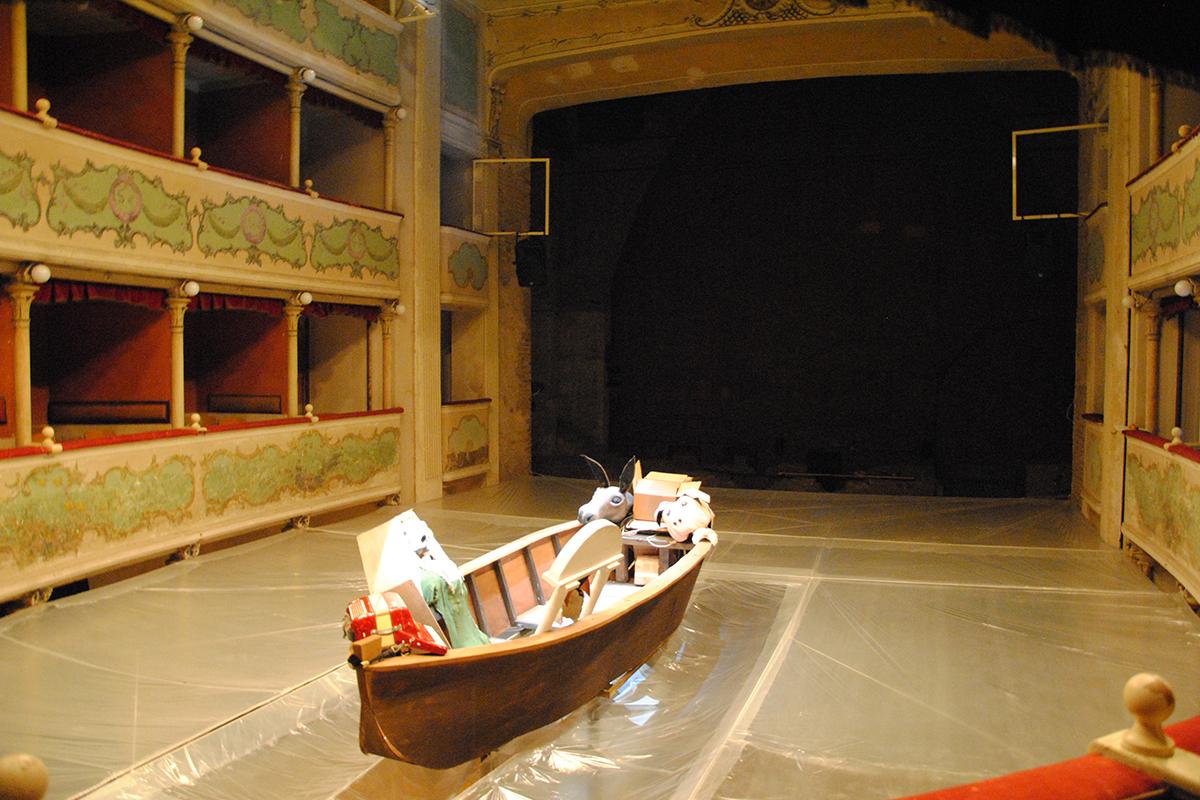 teatro-sociale-gualtieri-stagione-2010-extraripas-13