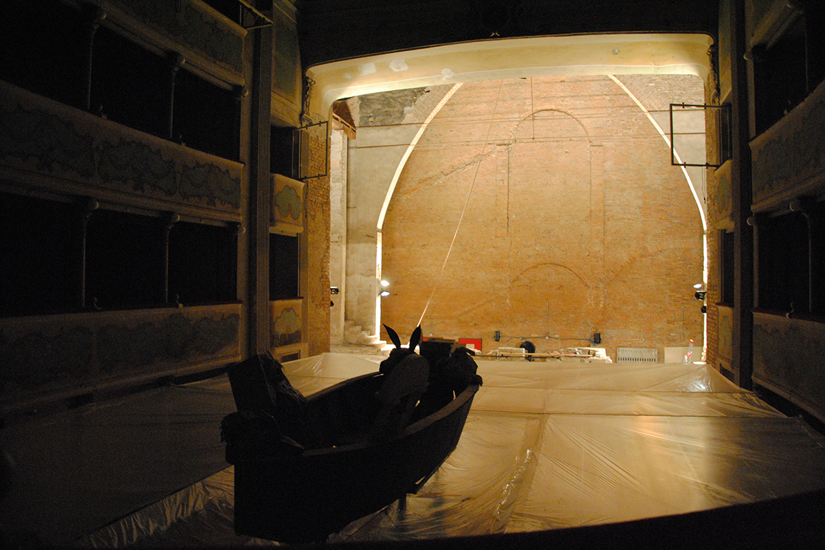 teatro-sociale-gualtieri-stagione-2010-extraripas-14