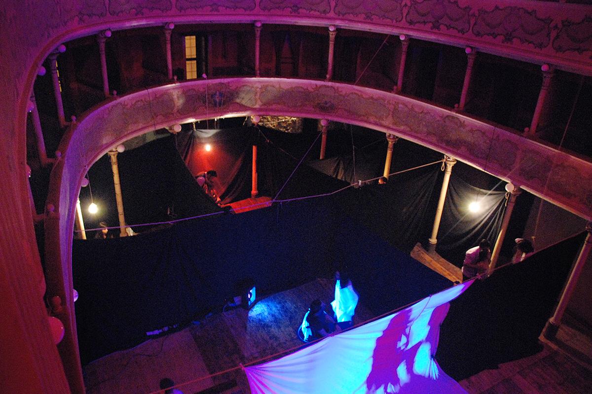 teatro-sociale-gualtieri-stagione-2010-la-peste-1