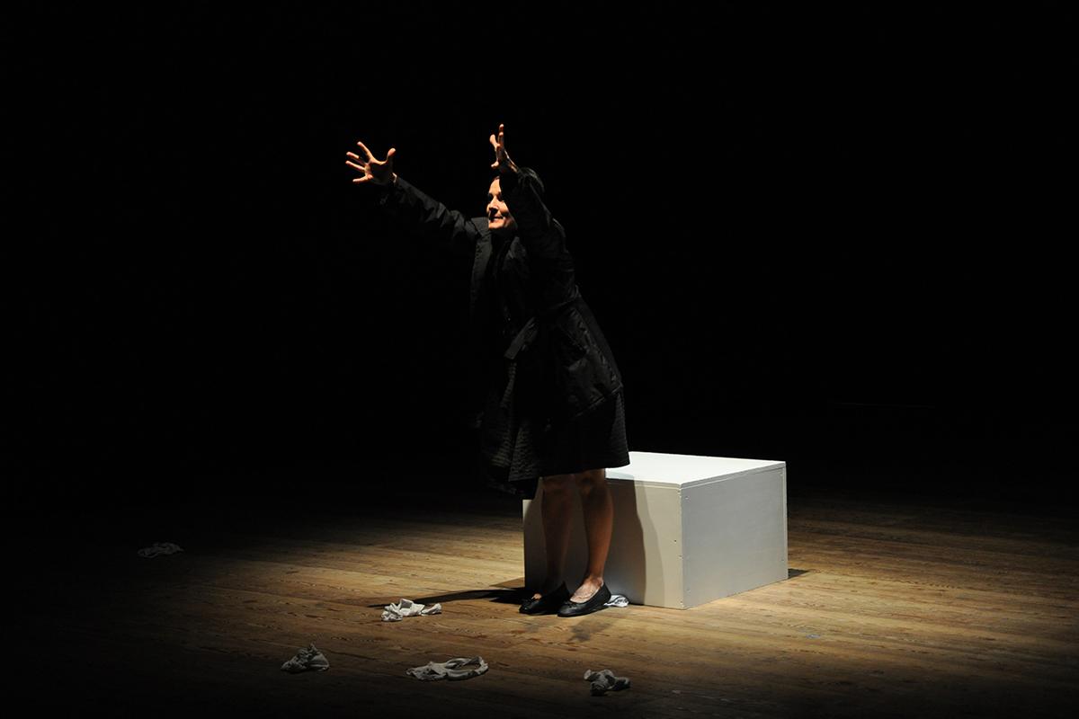 teatro-sociale-gualtieri-stagione-2010-stasera-ovulo-questa-1