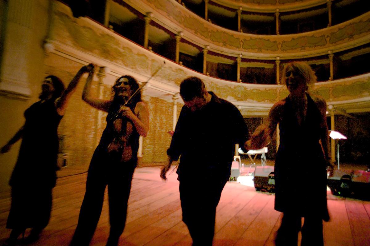 teatro-sociale-gualtieri-stagione-2010-tango-creation-2
