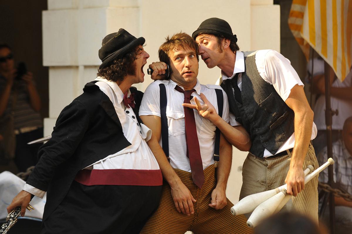 Teatro Sociale Gualtieri – Clown in liberta_001